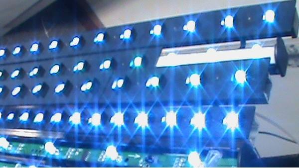云南昆明LED封装技术介绍,包括扩晶、固晶、短烤、焊线、前测、灌胶