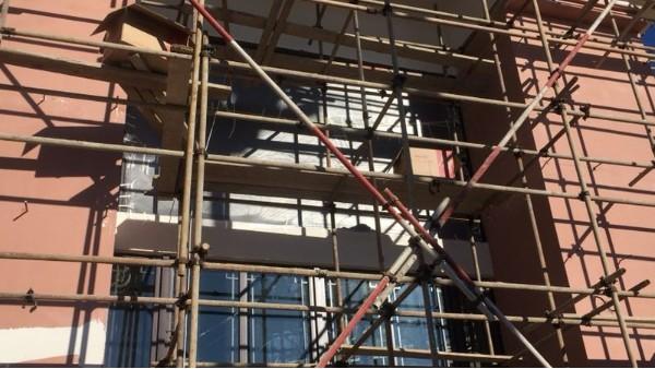 昆明有恒承建的大理雪山彝寨售楼部云南昆明户外P4LED显示屏顺利进行