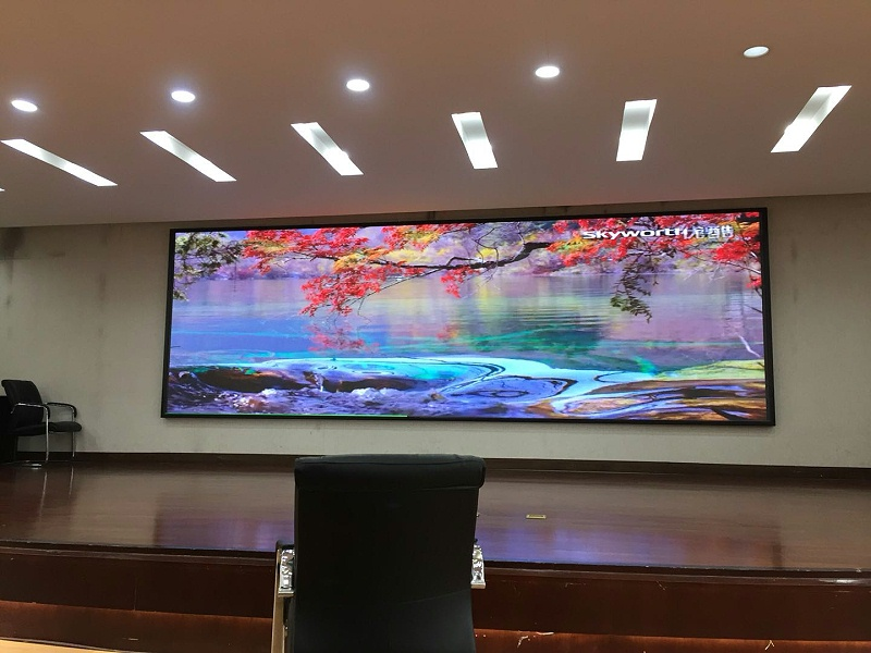 昆明市妇幼保健院室内P2.5全彩显示屏